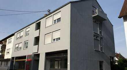 Mehrfamilienhaus mit Wohn. und Gewerbeeinheit inklusive Baugenehmigung