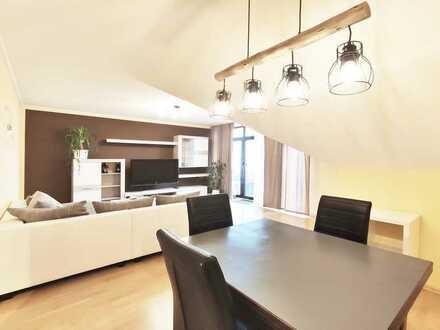 Wohnen auf hohem Niveau: Ausgefallene DG-Wohnung mit 2 Balkonen in zentraler Lage von Dinkelsbühl
