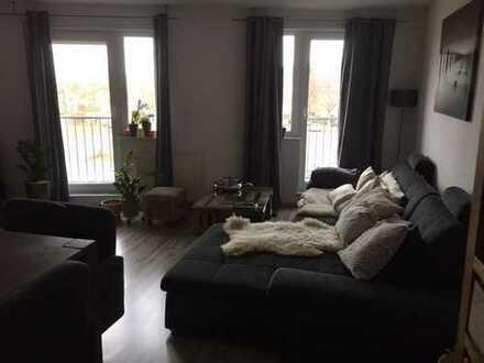 Schöne sanierte und automatisierte 2,5 Zimmer Wohnung in Rhein-Neckar-Kreis, Schriesheim
