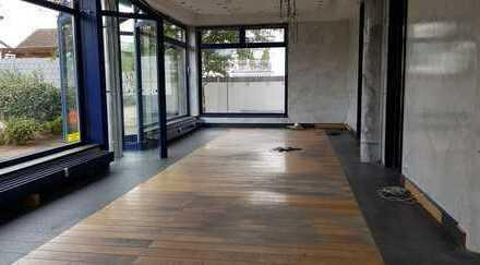 Attraktive Geschäftsräume für Büro, Praxis oder Laden