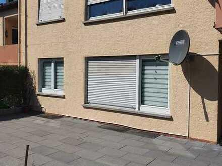 Modernisierte 4-Zimmer-Erdgeschosswohnung mit Balkon in Siedlung, Niefern Öschelbronn