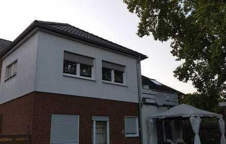 Ansprechende 4-Zi.Wohnung 1.OG mit Balkon und Garten in OS-Atter
