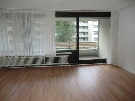 Gepflegte 1-Raum-Wohnung mit Balkon und Einbauküche in Bad Bergzabern