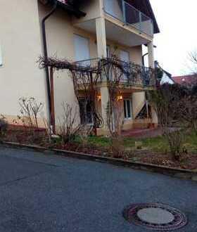 Neuwertige 2-Zimmer-Terrassenwohnung in Forchheim
