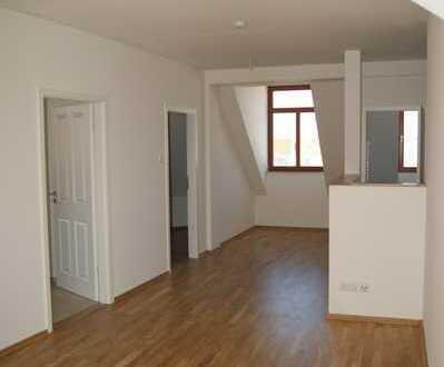 Wunderschöne 4 Zimmer Dachgeschosswohnung über 2 Etagen mit großer loggia