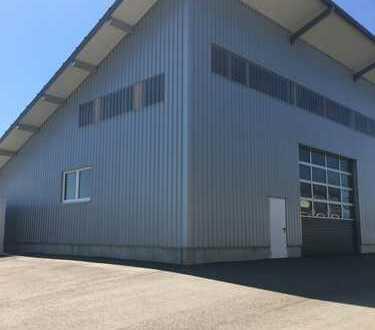 Schöne Lagerhalle Baujahr 2012