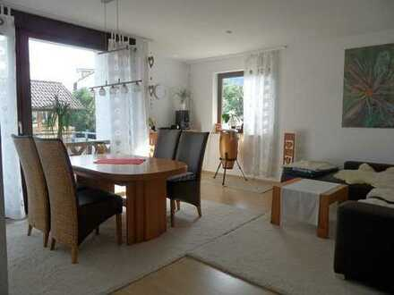Sonnige, neuwertige 3-Zimmer-Wohnung mit Südbalkon in Top Wohnlage