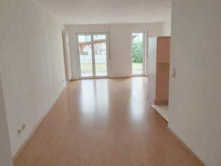 Stilvolle, gepflegte 2-Zimmer-Wohnung mit Balkon und Einbauküche in Bad Urach