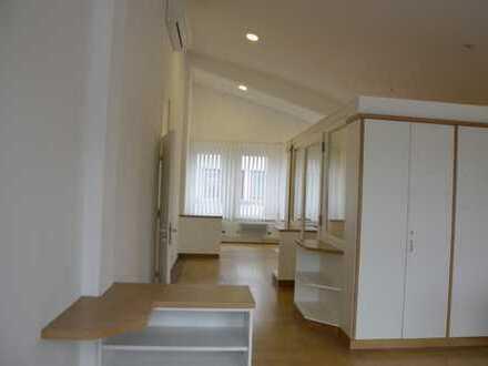 Großzügige Büro-/Praxis- Etage Penthouse