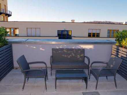 WG Zimmer mit Dachterrasse in Penthouse-WHG in S-Mitte