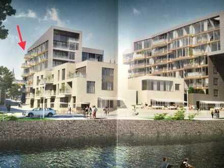 Exklusive, geräumige Penthouse-Wohnung mit Balkon direkt am Rhein