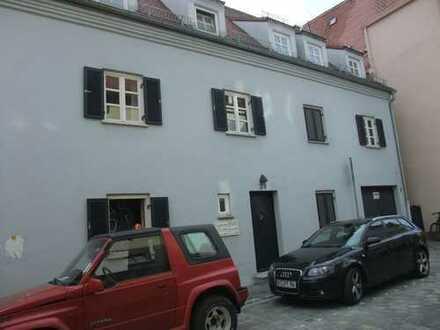 Mitten in der Altstadt Augsburg und dorch ruhig 2 ZKB,Balkon