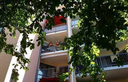 Ruhige 3 ZKB mit S/W-Balkon zum Innenhof in Lechhausen