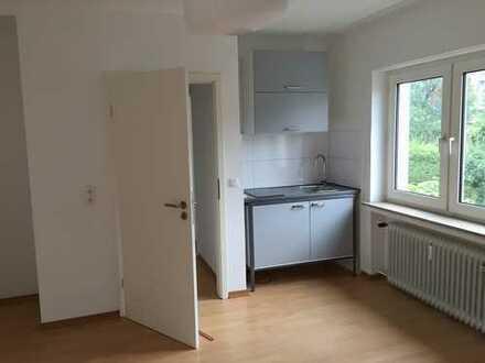 Schöne, gepflegte 1-Zimmer-Wohnung mit Pantryküche in Bielefeld