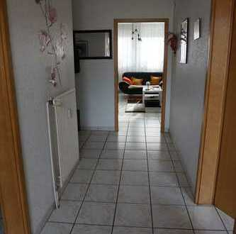 2-Zimmer-Erdgeschoss-Wohnung mit ca. 63 m² Wfl.
