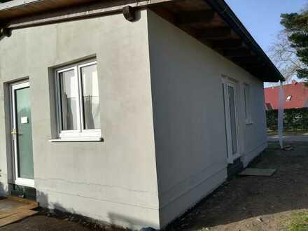 Grundstück mit kleinem Wohnhaus