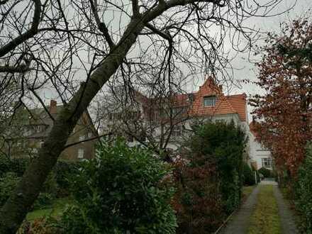 Traumhafte Altbau-Wohnung in Köln-Marienburg
