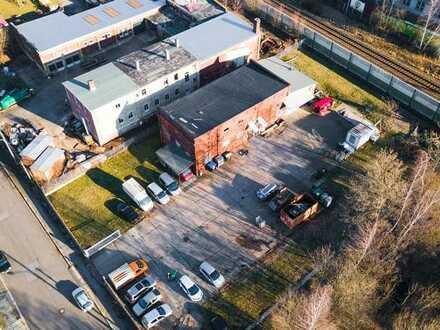 +++ 154 m² Halle mit 200 m² Lager und 1.000 m² befestigter Freifläche +++