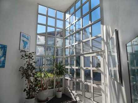 MAINZ - Penthouse mit 130 m² für 4ZK2B inkl.EBK plus 256 m² Dachgarten+1 Stellplatz