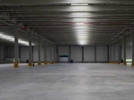 Funktionale Lager-/Logistikfläche bis ca. 9.800 m² ab sofort verfügbar