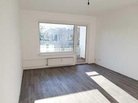 Vollständig renovierte 2-Zimmer-Wohnung mit Balkon in Wilmersdorf, Berlin