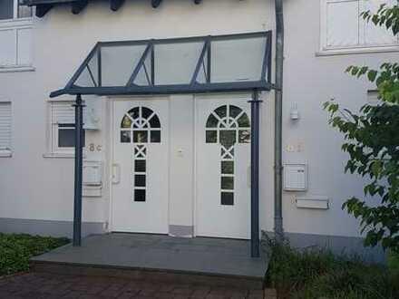 Schöne 3 Zimmer Haushälfte mit kleiner Terrasse und kleinen Balkon in Rüthen-Meiste