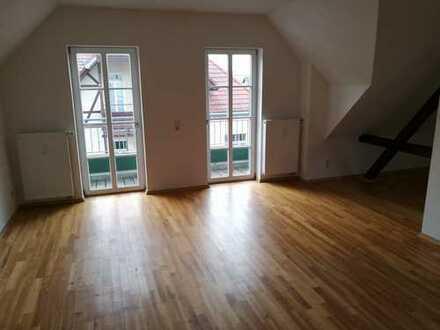 Helle 2-Zi. DG-Wohnung mit TLB Eckbadewanne und Dusche nahe der Leipziger Seenlandschaft
