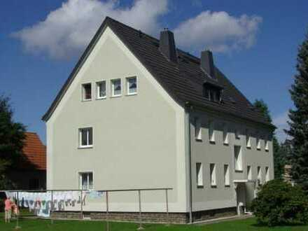 ***helle 2-Raumwohnung in begehrter Wohnlage von Augustusburg mit Einbauküche***