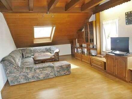 Ruhig gelegene 3-Zimmer-Dachgeschosswohnung