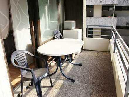 Bad Bergzabern: 3 ZKB Wohnung im 3. OG mit zwei Balkonen
