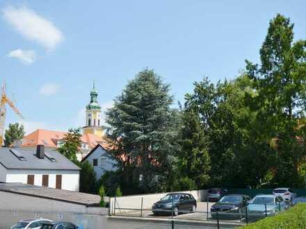 2-3Zi.-Hochparterre-Wohnung mit ca.9m² Südloggia in den ruhigen Innenhof in Rgbg Süd/Kumpfmühl