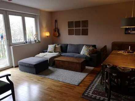 Schöne, ruhig gelegene vier Zimmer Wohnung in Köln, Lindenthal, Nähe Dürenerstr.
