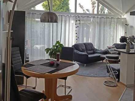 Attraktive 2,5-Zimmer-Maisonette-Wohnung mit Balkon in Rodgau