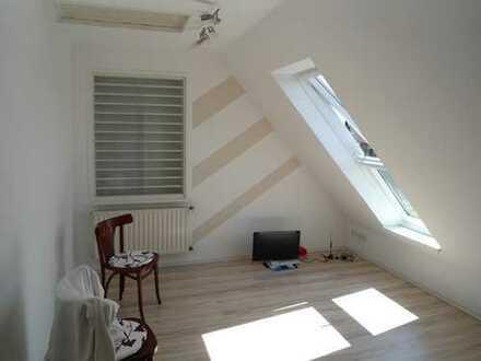 1-Zimmer-Apartment mit Einbauküche in Meerbusch-Osterath