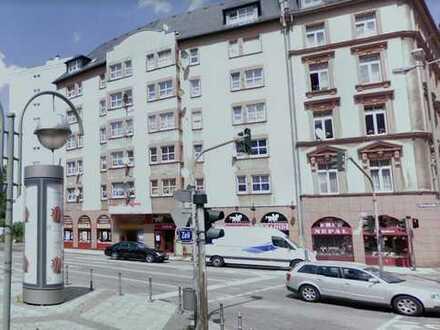 Exklusive, modernisierte 2-Zimmer-Wohnung mit Balkon und EBK in Hessen
