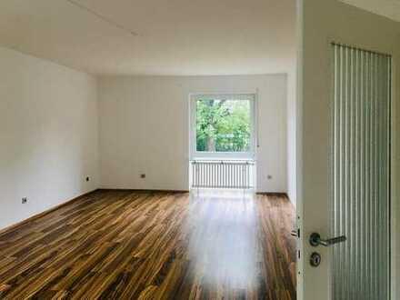 Schönes Reihenhaus mit vier Zimmern in Köln, Junkersdorf