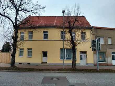 Wohnung in zentraler Lage von Güsten 2 Zimmer Wohnung / Gewerbenutzung auch möglich