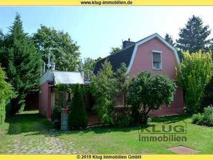 Hermsdorf! Hübsches Kleinod mit mediterranem Flair, Garten u. Dachterrasse in ruhiger Fließtallage