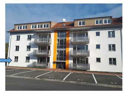Vollständig renovierte Wohnung mit fünf Zimmern und Balkon in Kitzingen