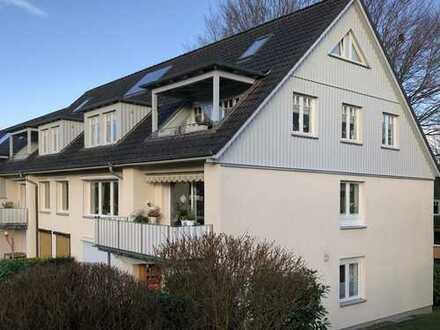 Gepflegte 3-Zimmer-Maisonette-Wohnung mit Balkon und Einbauküche in Eißendorf, Hamburg