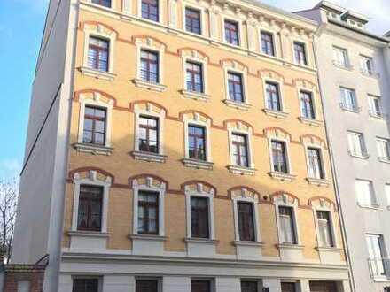 3 Zimmer barrierefrei, mit Balkon und guter Verkehrsanbindung