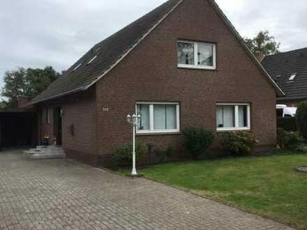 Einfamilienhaus in ruhiger Lage und mit viel Platz für die ganze Familie in Rhauderfehn