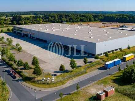 Sofort verfügbar mit variabler Laufzeit | 12.367 m² Lagerfläche | Beste Anbindung | *JLL*