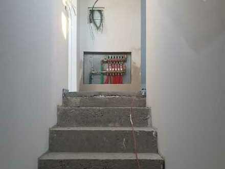 Erstbezug nach Sanierung: stilvolle 3-Zimmer-Wohnung mit EBK und Balkon in Puchheim