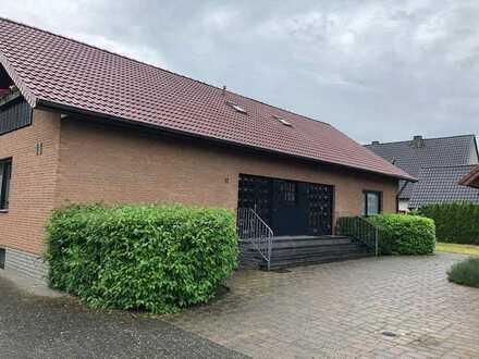 Große Erdgeschosswohnung für die ganze Familie in Delbrück-Steinhorst zu vemieten!