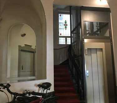 NUR 5,95% PROVISION! Leerstehende Wohnung am Schlosspark zum Verwirklichen Ihrer Träume