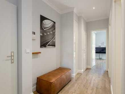 neu renovierte und luxuriös möblierte Altbau Wohnung in ruhiger Lage St. Georg