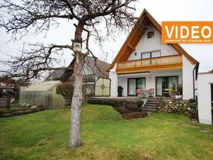 Helle, freundliche 3 Zimmer-Erdgeschoss-Wohnung mit Terrasse und Gartenmitbenutzung!