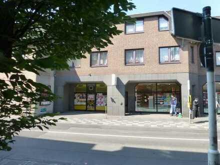 Provisionsfreie Vermietung: zentral gelegenes Ladenlokal in Krefeld-Hüls