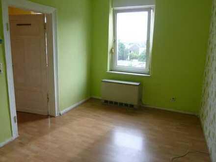 Wohnung im ersten OG mit Küchenzeile